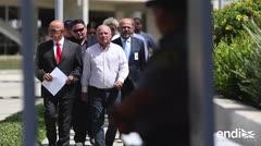 El alcalde de Sabana Grande calla al salir libre bajo fianza