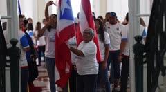El gobernador abandera a la delegación puertorriqueña