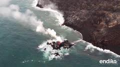 Una bomba de lava impacta un barco turístico en Hawaii