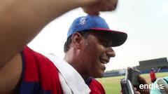 Igor González grita y llora con alegría tras la victoria boricua en Barranquilla