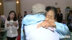 Coreanos se reencuentran tras décadas de separación por la guerra de Corea