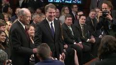 Trump ataca la credibilidad de mujer que acusa de agresión a un juez