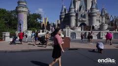 Boricua se destaca como gerente de relaciones públicas en Disney