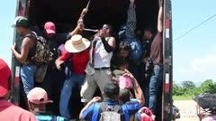 Más de 2,000 hondureños inician éxodo hacia Estados Unidos