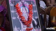 Fuertes enfrentamientos en India por no permitir la entrada de mujeres a un templo