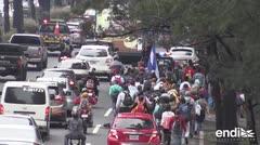 Migrantes hondureños avanzan hacia Estados Unidos pese a la amenaza de Trump