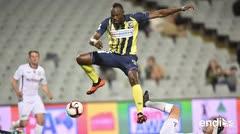 Usain Bolt se queda sin debut oficial en el fútbol de Australia