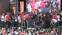 Rosselló es abucheado durante la celebracion de Alex Cora
