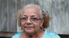 Glorimar Marrero explica el proyecto de recorrido comunitario por Juana Matos
