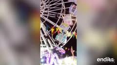 Momentos de pánico: familia sufre accidente en una feria de atracciones en Indonesia