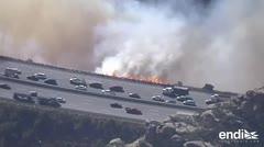 Los fuertes vientos dificultan el combate de incendios en California
