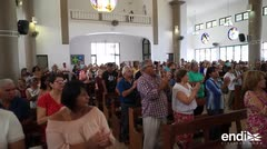 El público celebra la vida de Héctor Ferrer