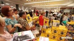 Llegan a Macy's por los artículos del hogar