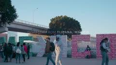 ¿Tratar de avanzar, quedarse o regresar? El dilema de los migrantes en la frontera de Estados Unidos
