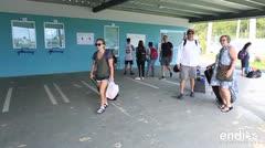 Residentes de las islas municipio denuncian las deficiencias en el servicio de lanchas en Ceiba