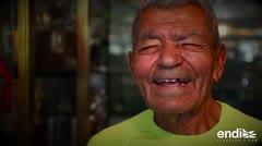 Tiene 91 años, es boricua y corrió el Medio Maratón de San Blas
