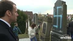 Profanan 80 tumbas en un cementerio judío con el símbolo nazi