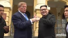 Frenesí por la llegada de los imitadores de Kim y Trump a Hanoi