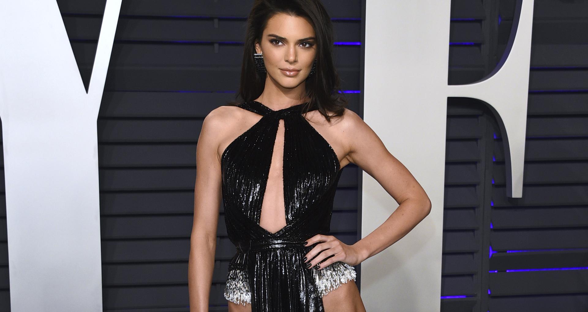 Kendall Jenner cautiva a Orlando Bloom en la alfombra roja