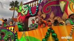Mira el vistoso desfile de Mardi Gras en Universal Orlando