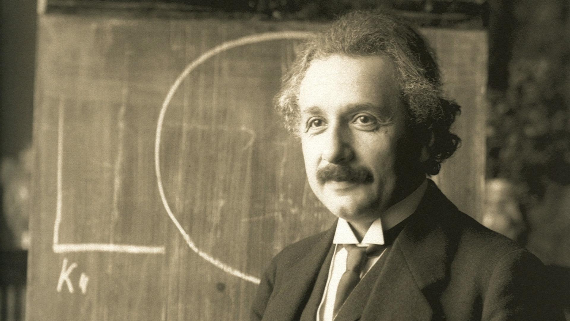 Revelan documentos inéditos de Albert Einstein