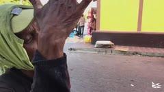 Aprender a pescar: el desafío de algunos venezolanos para comer