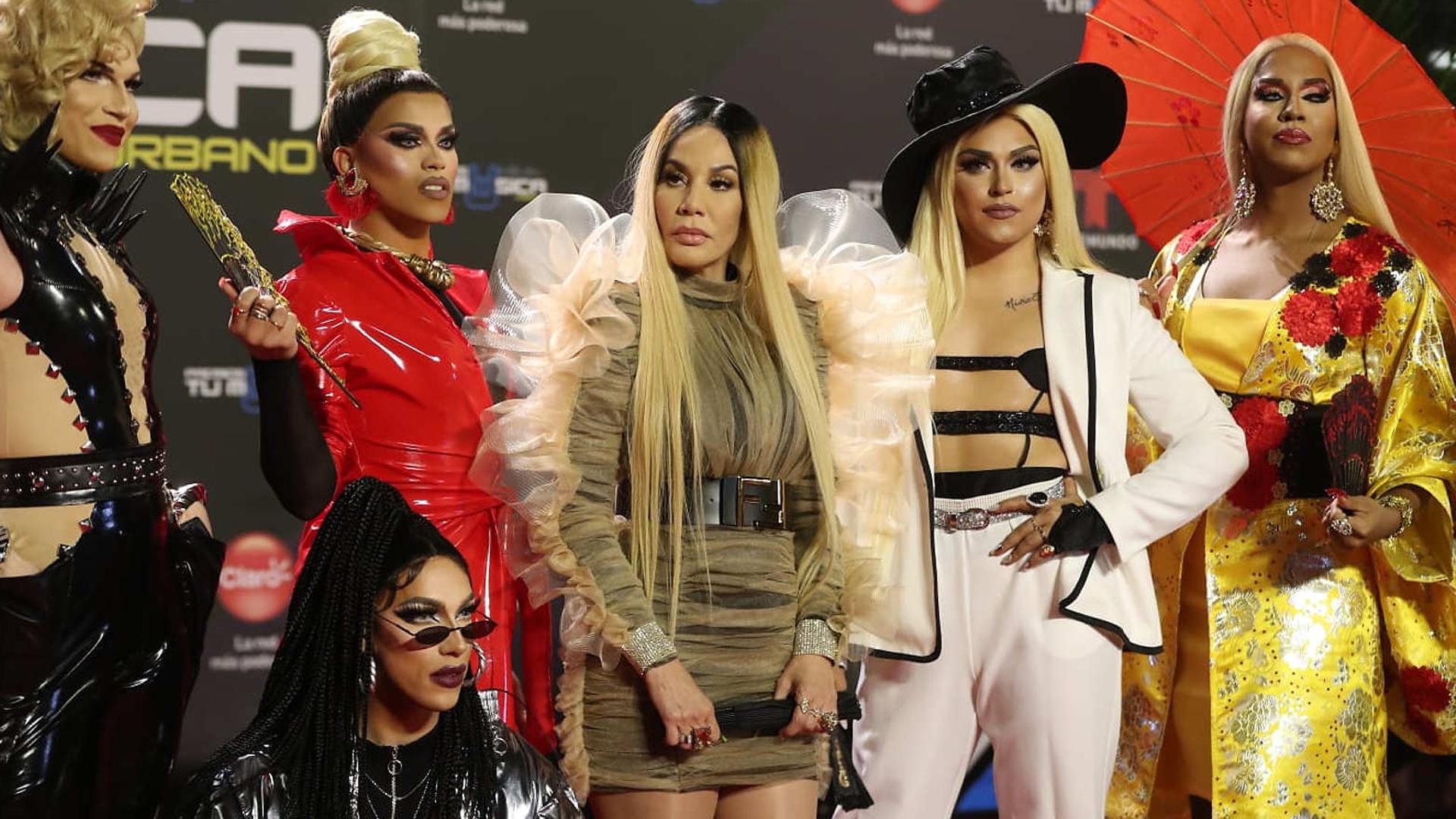 """Ivy Queen sorprende en la alfombra roja de los """"Premios Tu Música Urbano"""""""