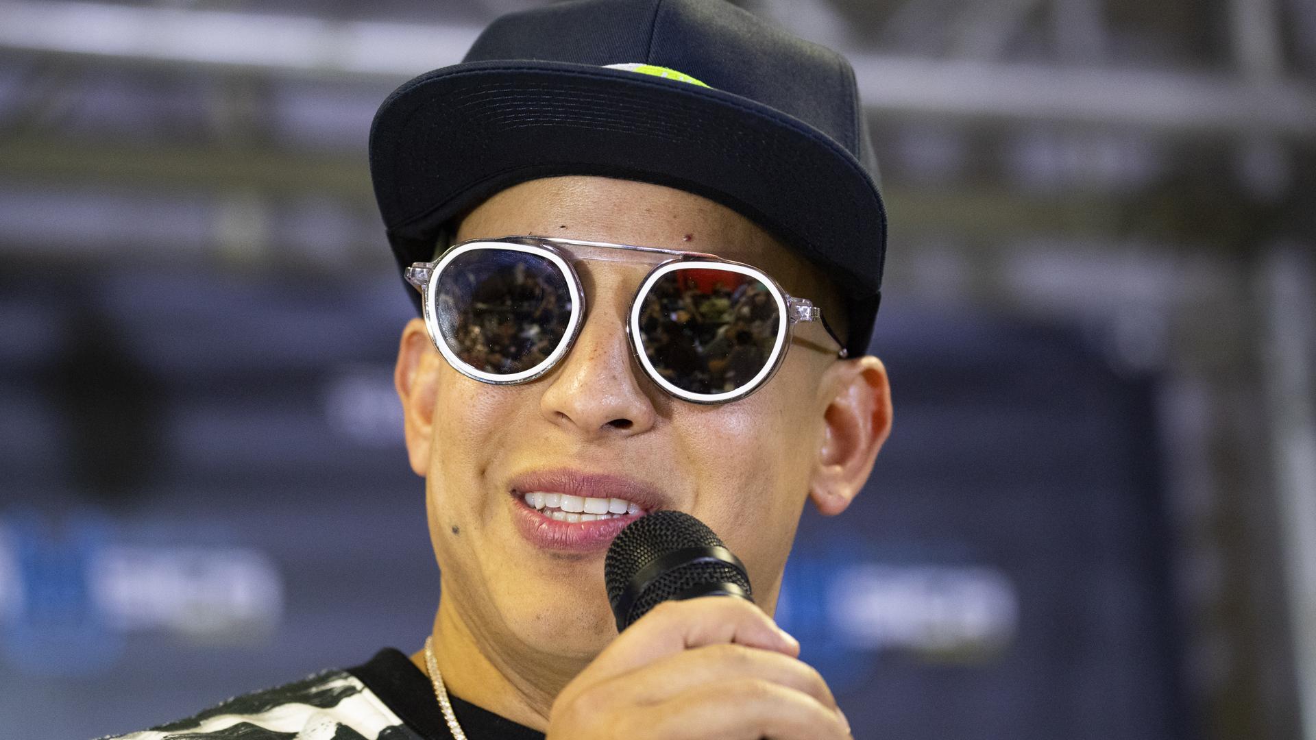 Daddy Yankee dedica su gran premio a Puerto Rico