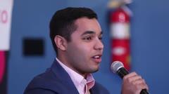 Hijo de Keylla Hernández recuerda cómo su madre lo inspiró a ser voluntario
