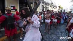 Procesión de Semana Santa en las calles del Viejo San Juan