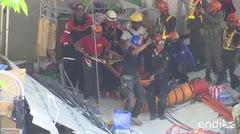 Milagroso rescate de un sobreviviente atrapado en el terremoto de Filipinas