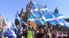 Escocia va por un nuevo referéndum de independencia