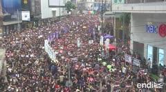 Cientos de miles vuelven a calles de Hong Kong, pese a marcha atrás del gobierno