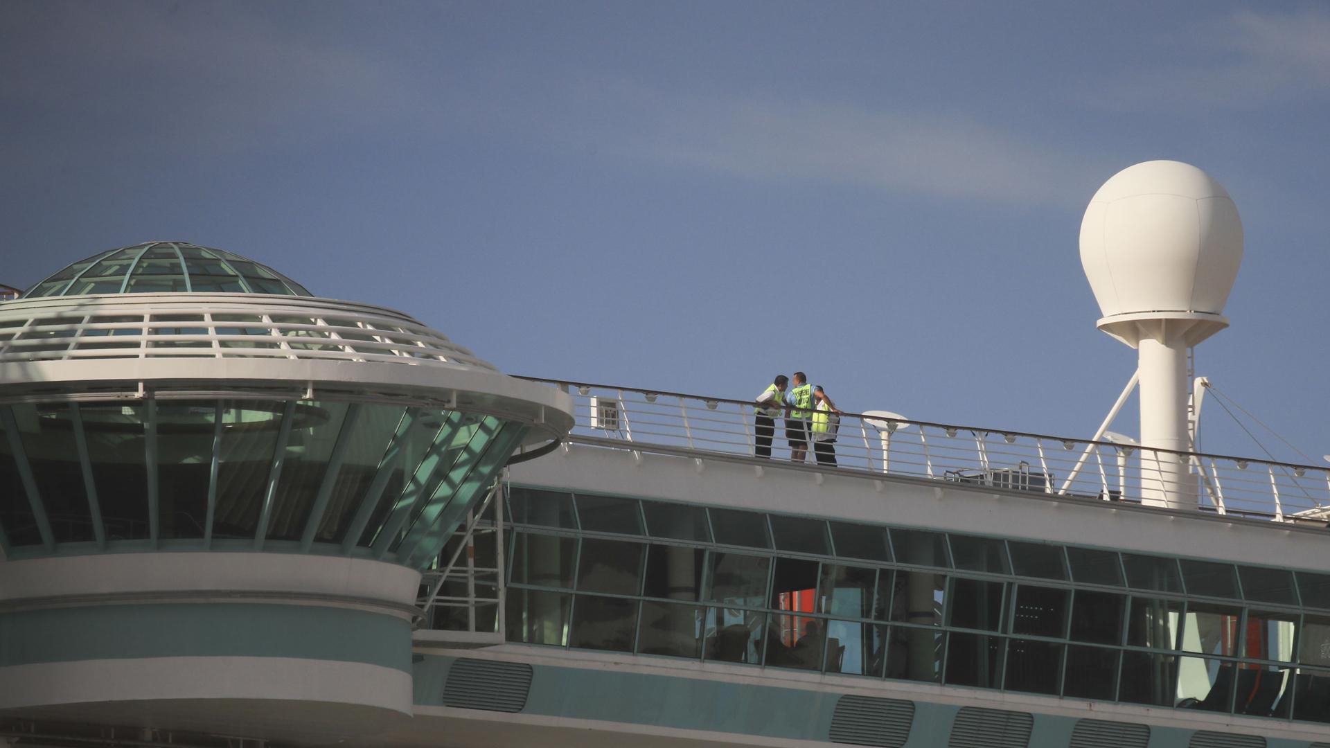 Ofrecen detalles del incidente en el que murió una menor al caer de un crucero