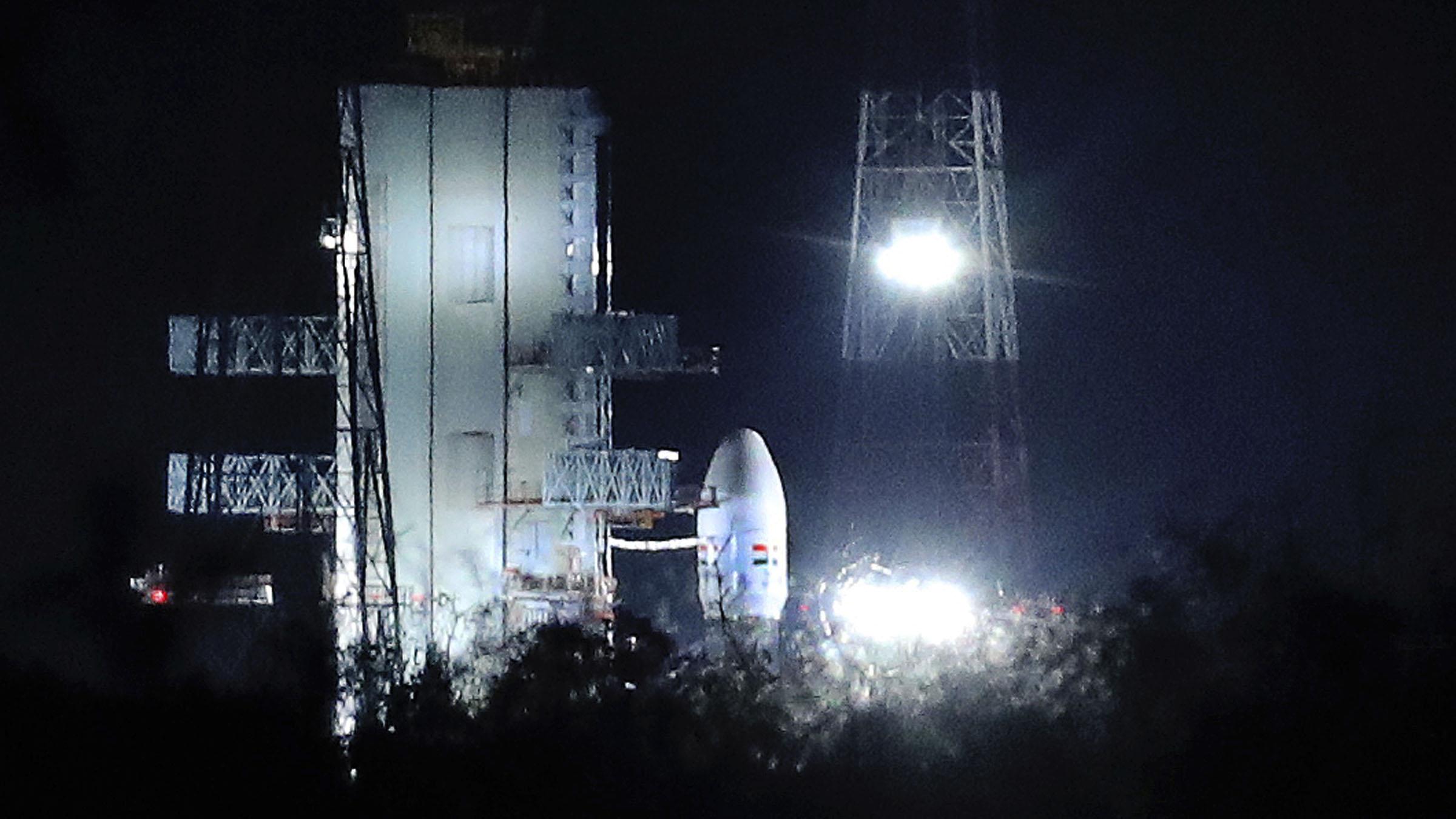 India anula a última hora su primera misión al polo sur lunar