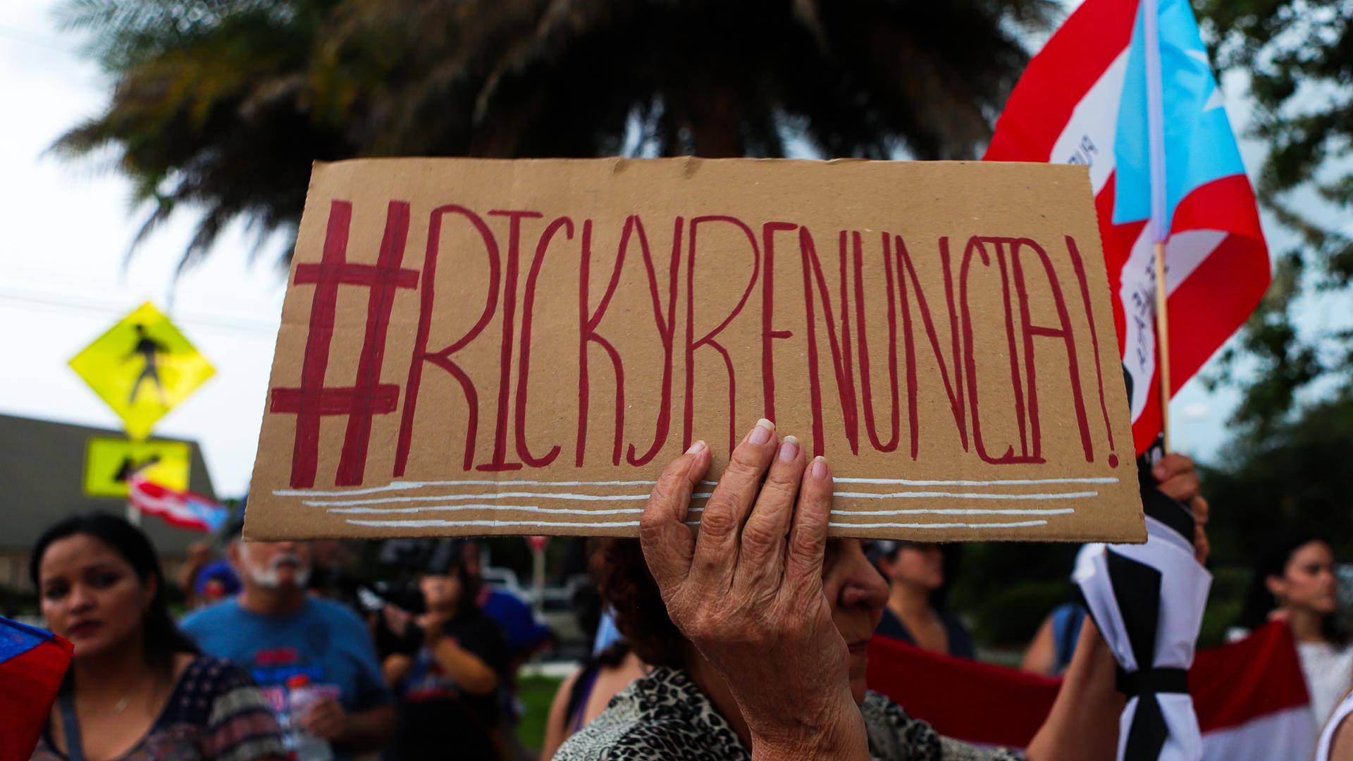 """Desde Miami hasta Madrid: """"¡Ricky, renuncia!"""""""