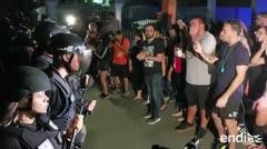 Llevan el cacerolazo a los predios de la reunión de Rosselló en Guaynabo