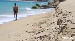 La playa del Último Trolley está cada vez más pequeña