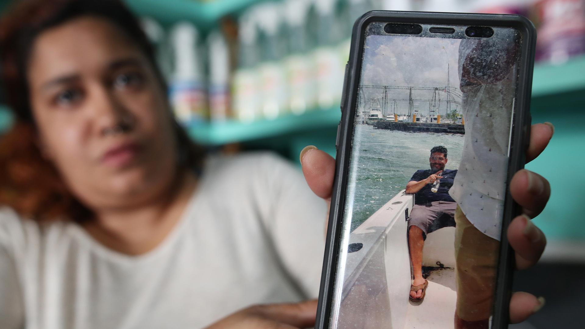 Angustia y esperanza por los cuatro boricuas que desaparecieron en el mar