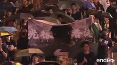 Una represión como la de Tiananmen en Hong Kong dañaría un acuerdo comercial con Pekín, avisa Trump
