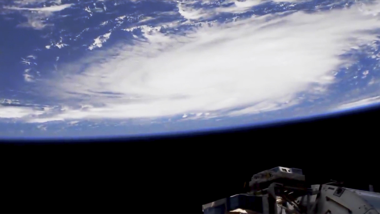 Desde el espacio, mira estas increíbles imágenes del huracán Dorian