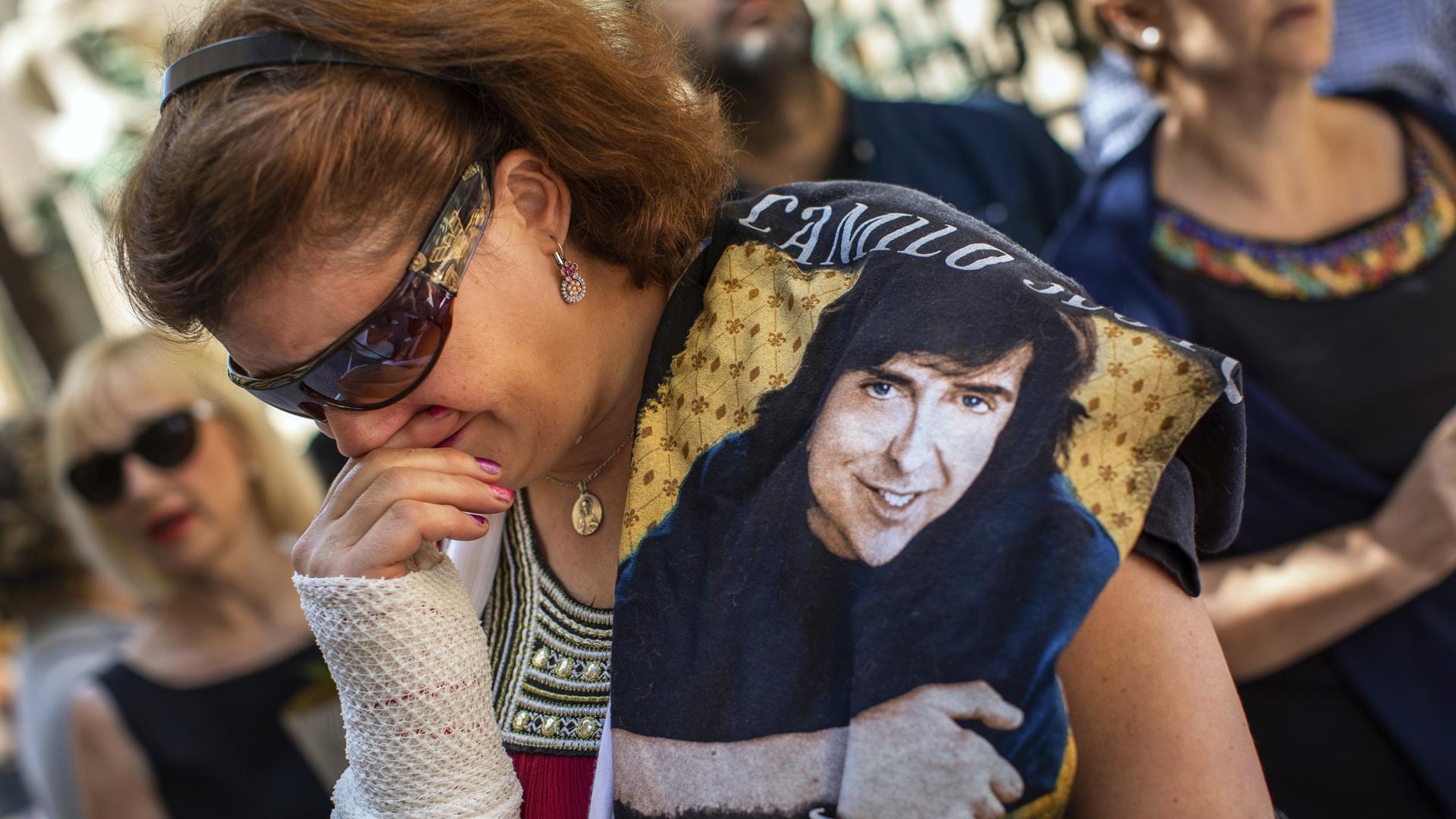 """Emotivo adiós a Camilo Sesto: """"Me ponía los vellos de punta"""""""
