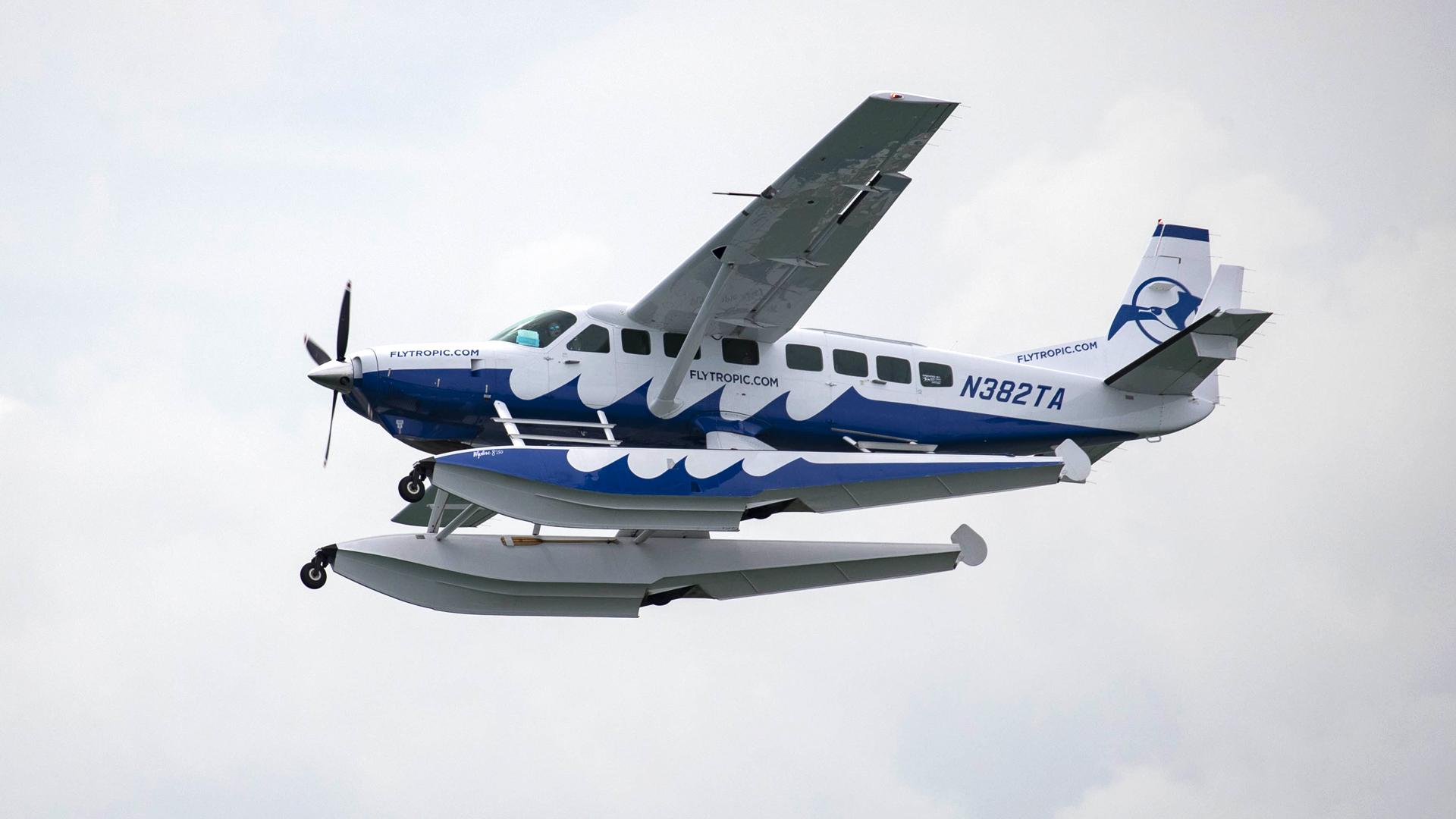 Aterriza una empresa de aviones anfibios en San Juan