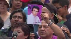Familiares, artistas y fans despiden al cantante mexicano José José en Miami