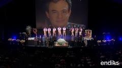 Lágrimas y serenatas durante el funeral de José José en Miami