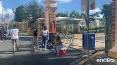 Estudiantes cierran acceso de vehículos a la UPR en Río Piedras