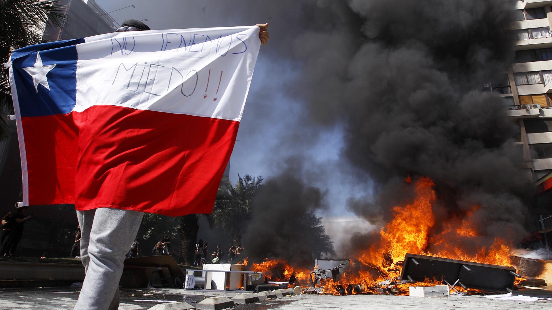 Una nueva jornada de violencia estremece a Chile
