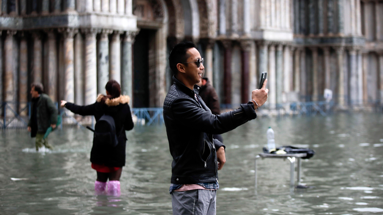 Impactantes visuales de Venecia bajo agua