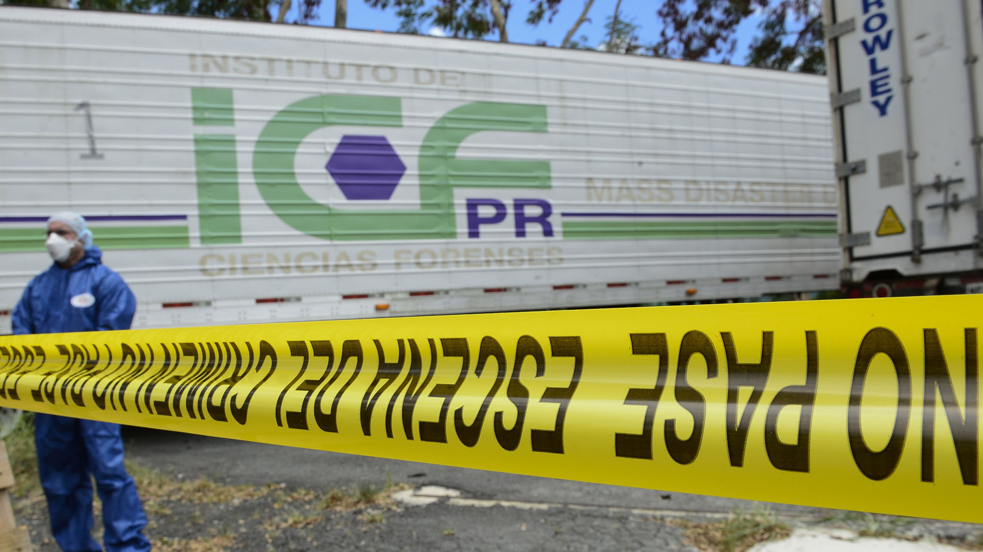 Vacían los vagones de cadáveres en Ciencias Forenses, indica la gobernadora