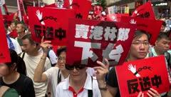 Escapar o entregarse: el dilema de los manifestantes atrincherados en campus de Hong Kong